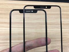 网友放出苹果6.5/6.1英寸新iPhone前面板对比图